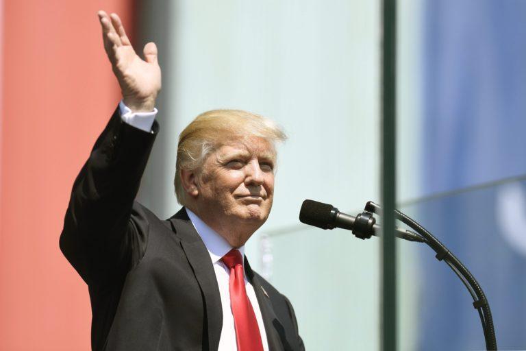 Trump egyre nagyobb bajban van