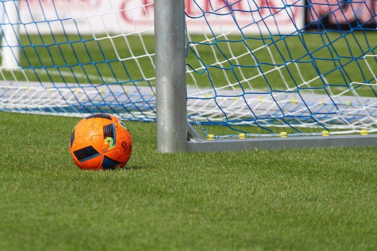 Még hárommilliárd a focira – külföldre is