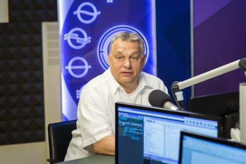 Orbán: a civilek zsoldosok