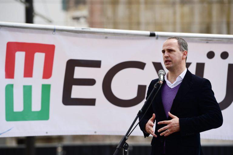Szigetvári: Ne Mészáros Lőrinc kapja a munkahelyteremtő támogatásokat!
