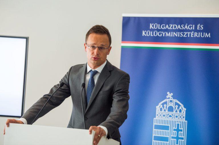 Szijjártó: Ukrajna hátba szúrta Magyarországot