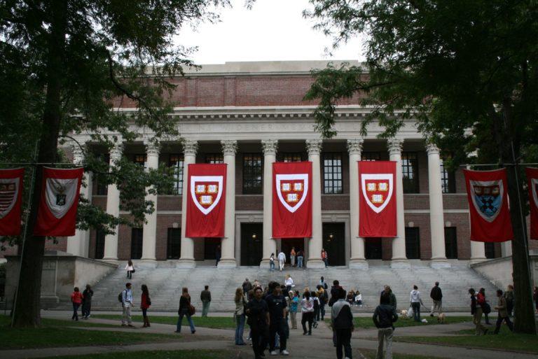Harvard: az új diákok fele lány és valamelyik kisebbséghez tartozik
