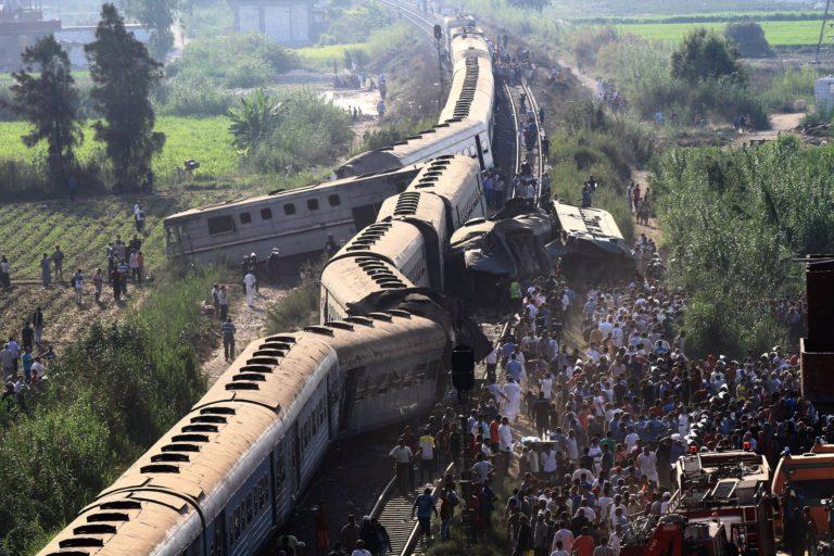 49 halott egy vonatbalesetben