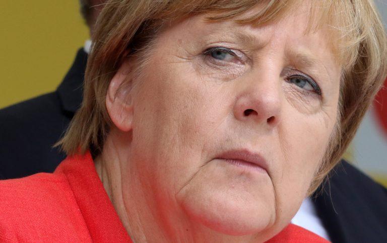 Merkel: Nem hallgathatunk csak a béke kedvéért
