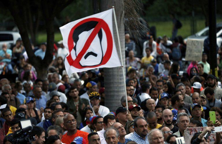 Szankciókat vezethet be az EU Venezuelával szemben