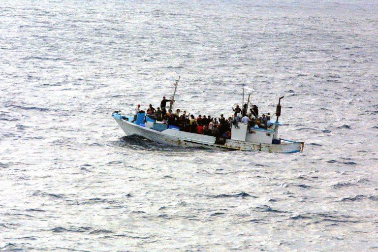 Kamaszokat fojtott vízbe egy embercsempész