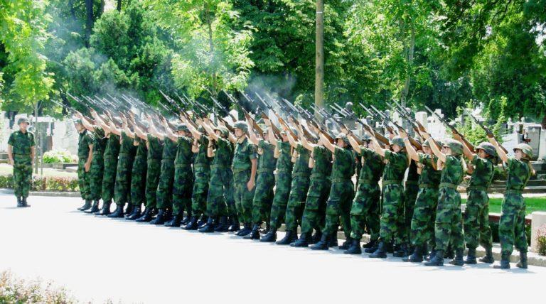 Háborús hangulatkeltés Szerbiában