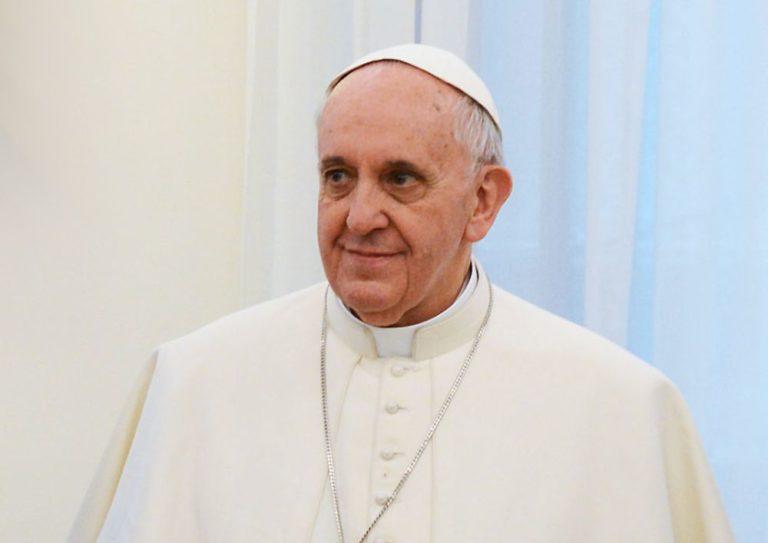 Ferenc pápa küzdelmei