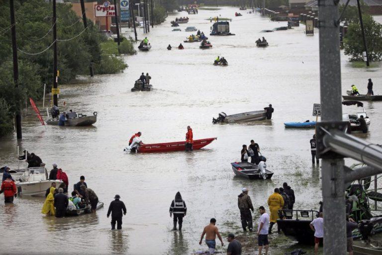 Houston két centit süllyedt a hurrikán miatt