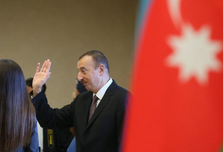 EP: Ki kell vizsgálni az azeri pénzmosodát