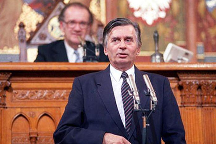 Antall József nem bízta Orbánra az ország jövőjét