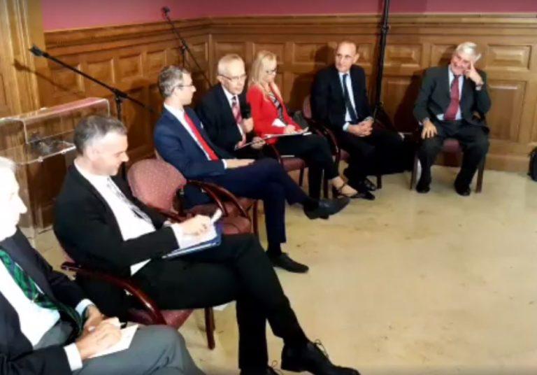 A néppárti Fidesznek nem kell a néppárti…