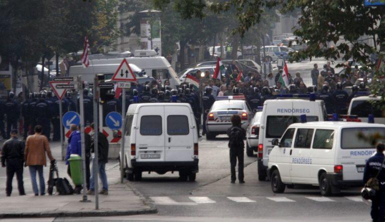 Ki veri szét Budapestet ősszel? – 24. Békés és békétlen tüntetők