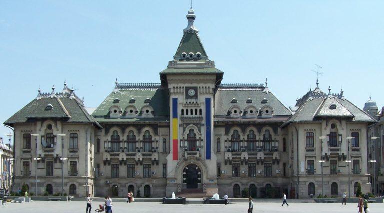 A román elnök cáfolta, hogy ország közeledne a visegrádi négyekhez