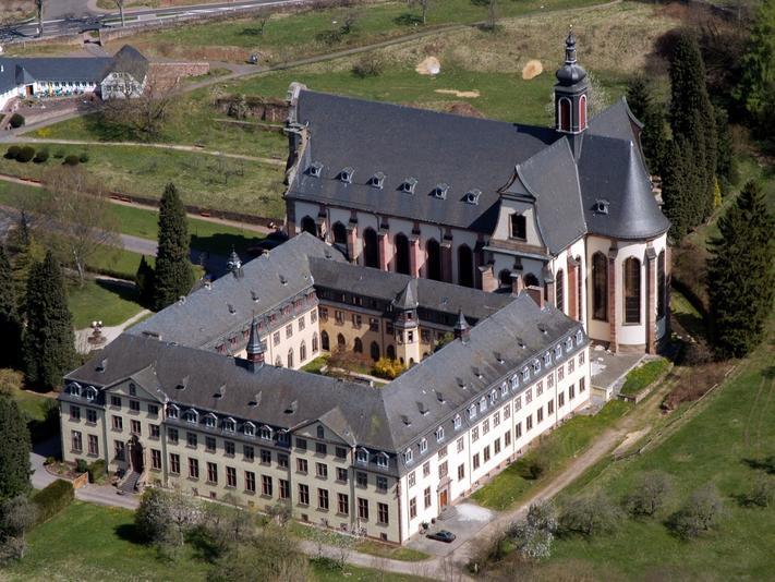 Nincs elég szerzetes, bezár a csaknem 900 éves kolostor