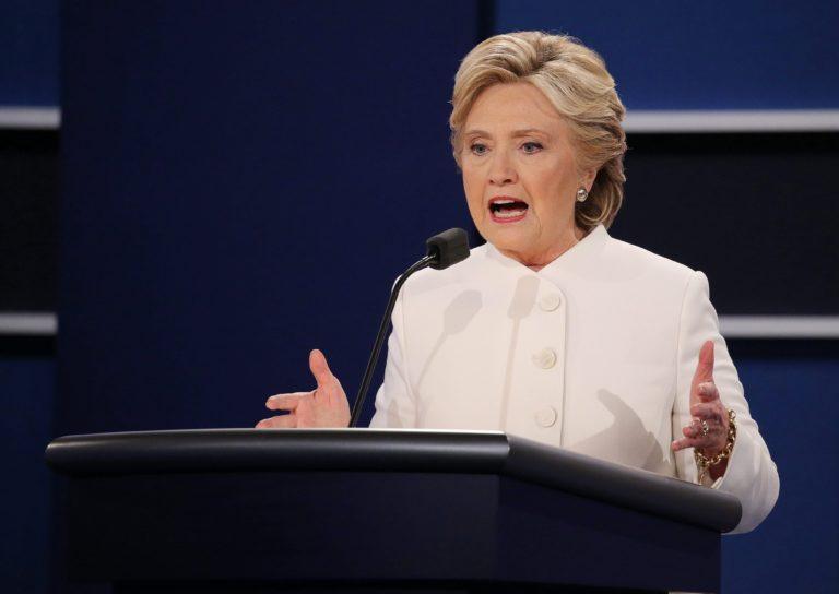 Hillary Clinton: Szexuális ragadozó ül a Fehér Házban