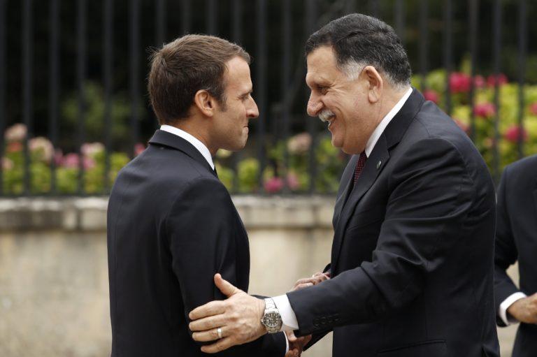 Macron: Líbiában egyelőre nem lehet menedékkérő-központot létrehozni