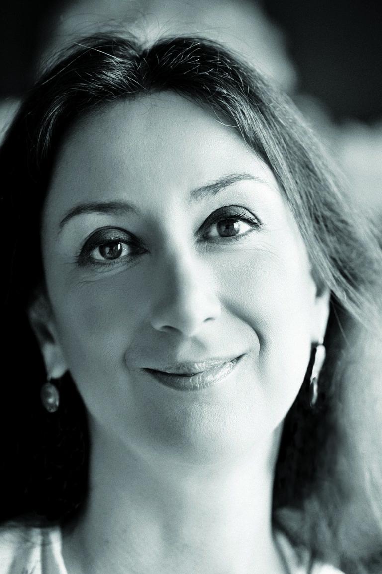 Vizsgálatot vár az EU a meggyilkolt máltai újságírónő ügyében