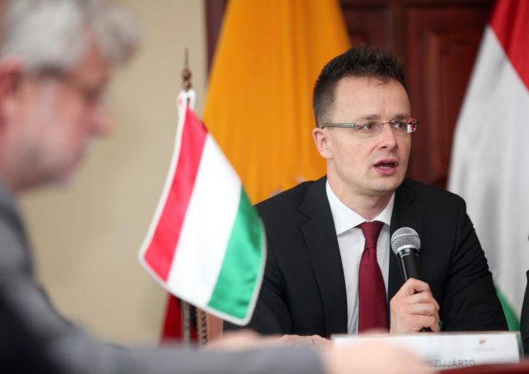 Szlovák elemző: Szijjártó Péter miatt indult rosszul a magyar diplomácia őszi szezonja