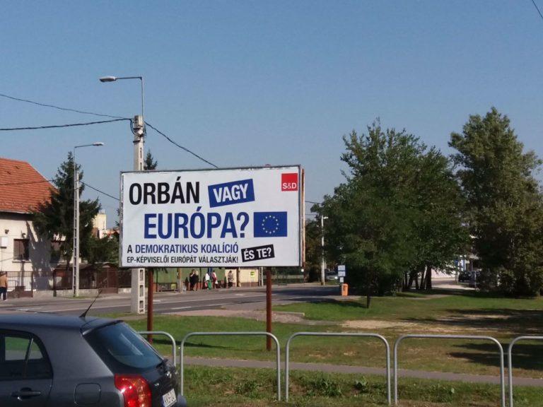 Orbán vagy Európa? – A DK kampánya