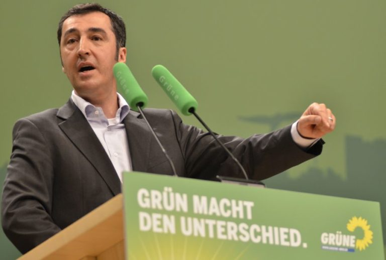 Bevándorlók után kémkedik a török hírszerzés Németországban