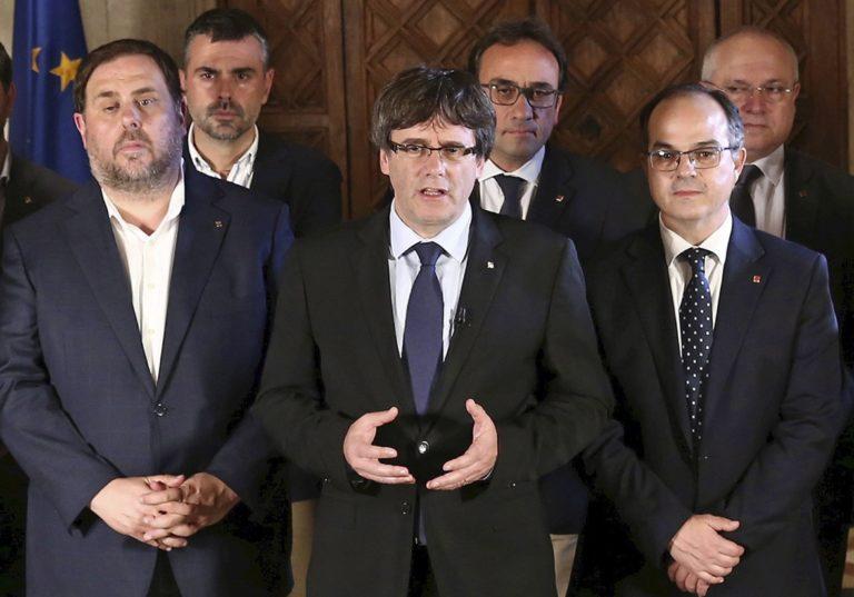 Feladta magát a belga rendőrségnek a volt katalán elnök