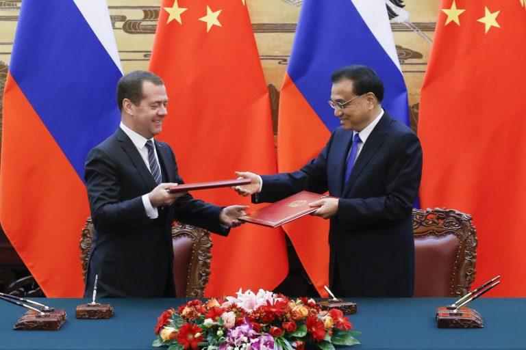Találkozott a kínai és az orosz miniszterelnök