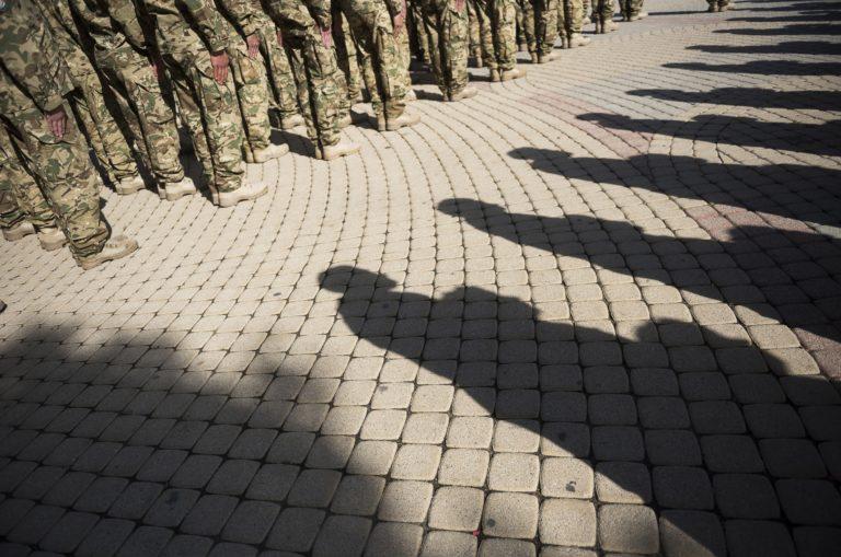 Több pénzt kapnak a katonák