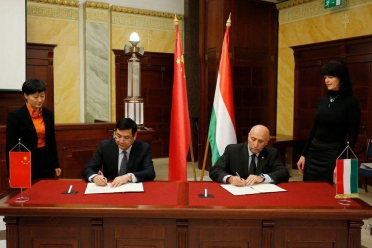 Magyar és kínai ügyészek a kiberbűnözés ellen