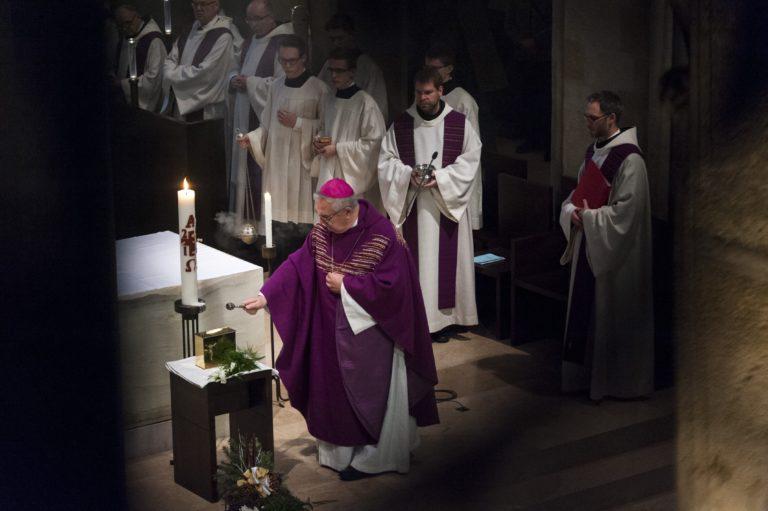Januárban választanak új főapátot Pannonhalmán
