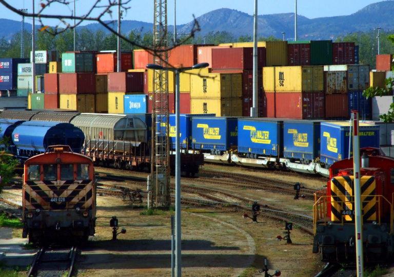 Budapest-Belgrád-vasút: a felére megjelent a felhívás