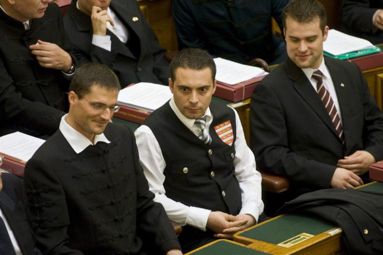 A Jobbik útja – 1. Ruházati és esztétikai kérdések