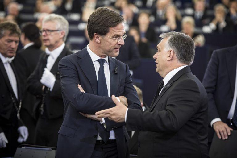 Navracsics: senki sem akar kilépni az EU-ból!