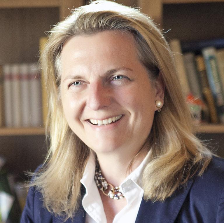 Közel-Kelet-szakértő az új osztrák külügyminiszter