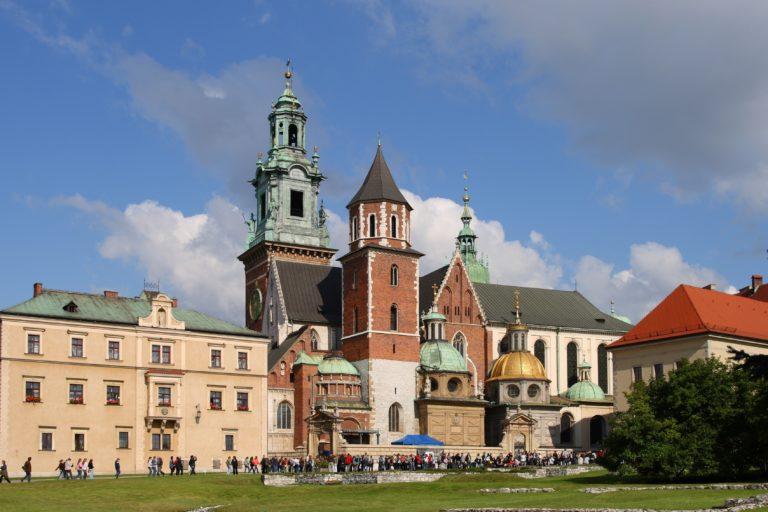 Magyar emlékhelyekkel van tele Lengyelország