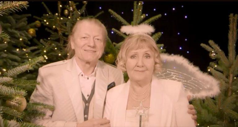 Karácsonyi videókban köszöntik a nézőket a színházak