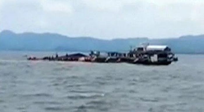 Felborult egy komp a Fülöp-szigeteknél