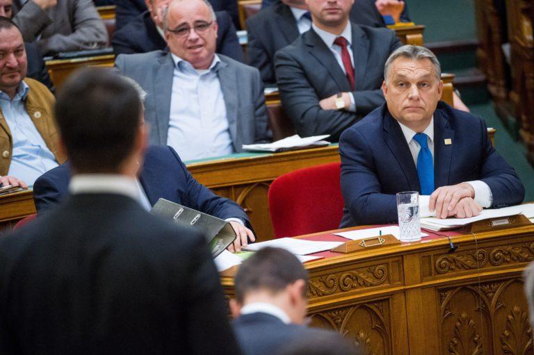 Jobbik: Orbán börtönbe juttatná Vona Gábort