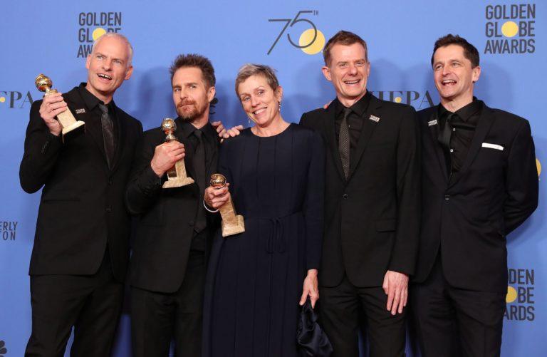 Feketébe borult a vörös szőnyeg a Golden Globe-díjátadón