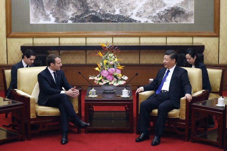 A francia elnök a kínai Selyemúton