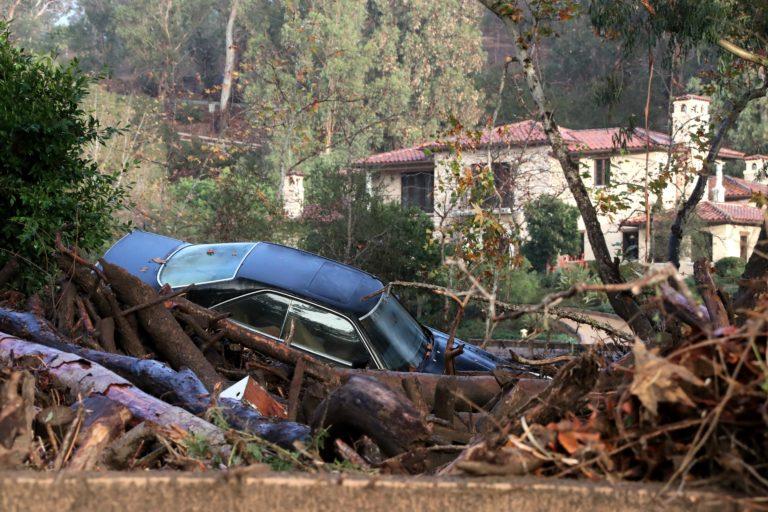 Több mint egy tucat áldozata van a kaliforniai földcsuszamlásoknak