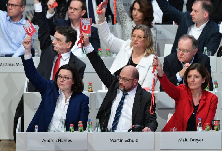 A bonyodalmas német demokrácia