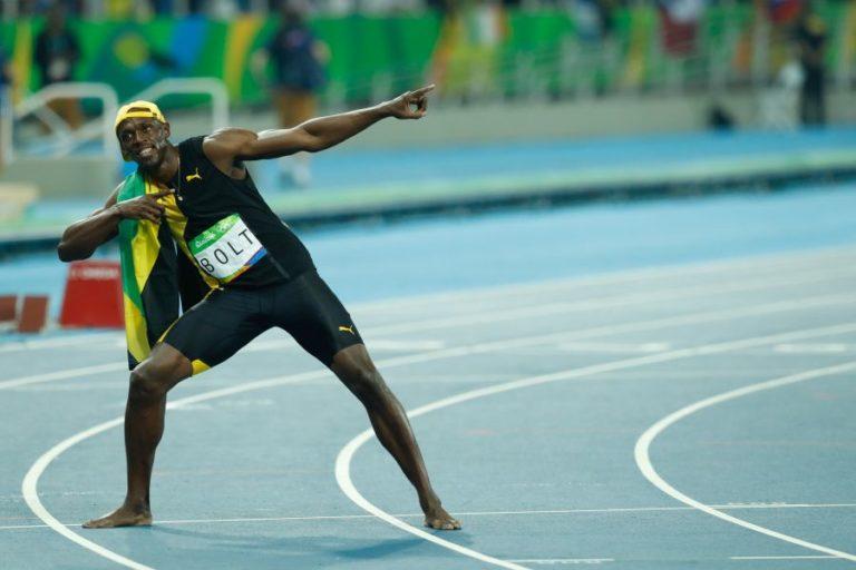 Bolt most a labdarúgással próbálkozik