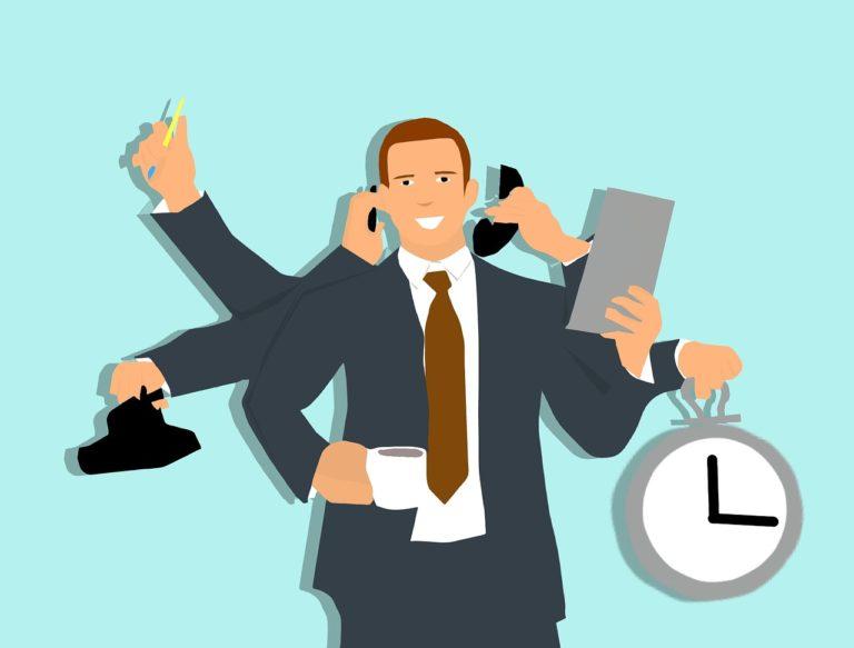 GRAFIKONBAN A VILÁG – egyre kevesebb órát dolgozunk?