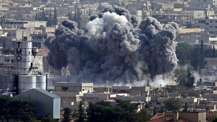 Orosz légicsapások: két tucat civil halt meg Szíriában