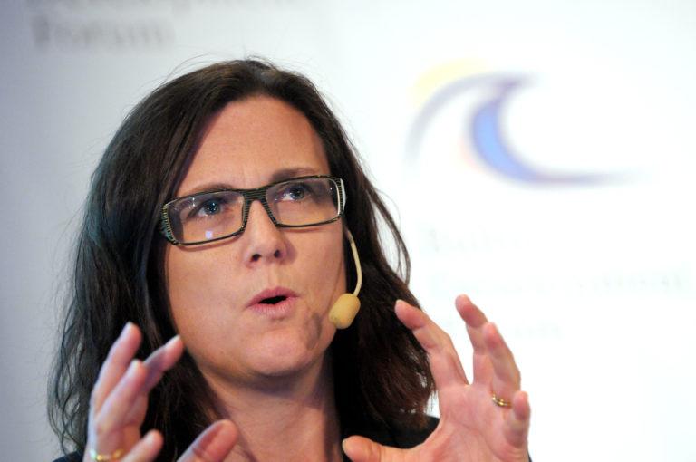 Az EU veheti át a vezető szerepet a világkereskedelemben