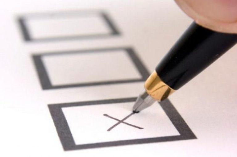 Belepiszkálnának a választási szabályokba
