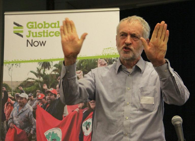 """Lejáratás vagy lelepleződés? Ügynökbotrányba keveredett az MSZP brit """"üdvöskéje"""""""