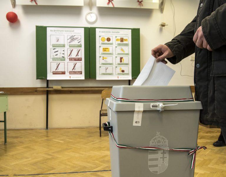 Érdektelenségbe fulladt a népszavazás a bulinegyedről