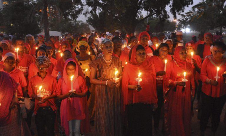 Dzsihádisták raboltak el 110 diáklányt